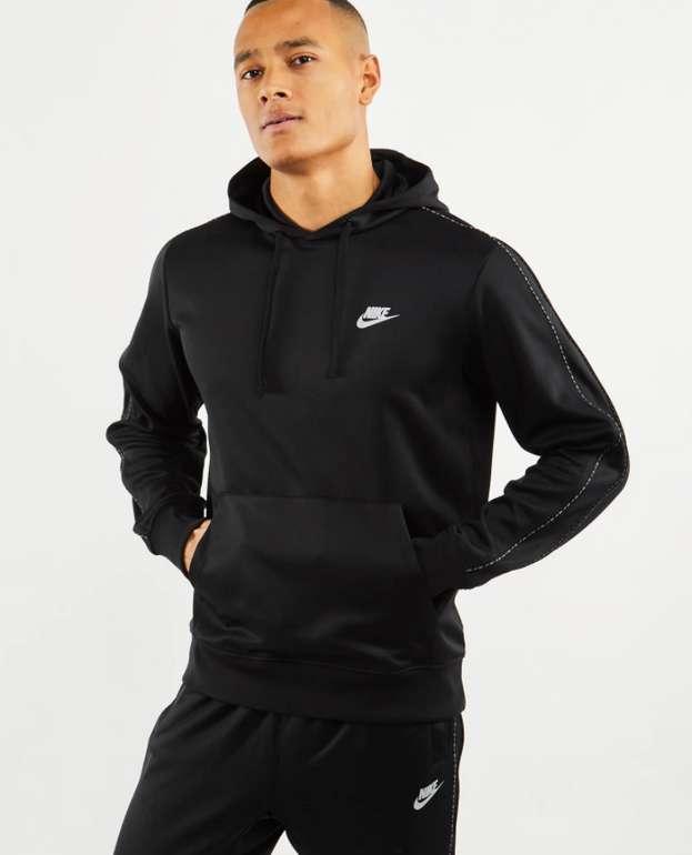Nike Repeat Poly Over The Head Herren Hoodie in Schwarz für 29,99€inkl. Versand (statt 50€)