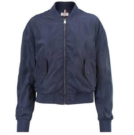 30% auf Markenhighlights bei Engelhorn, z.B Tommy Jeans Damen Bomberjacke 76,93€