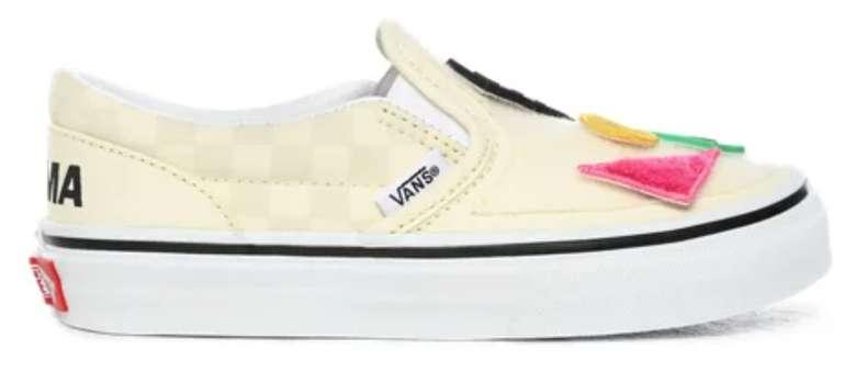 Vans Restgrößen Sale mit 30% Extra Rabatt - z.B. Kinder Vans Moma Classic Slip-On Sneaker für 22,75€ (statt 33€)