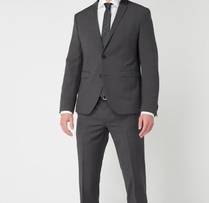 Peek&Cloppenburg* New Year Sale: 11% Extra Rabatt auf Alles, z.B. Anzug für 222€
