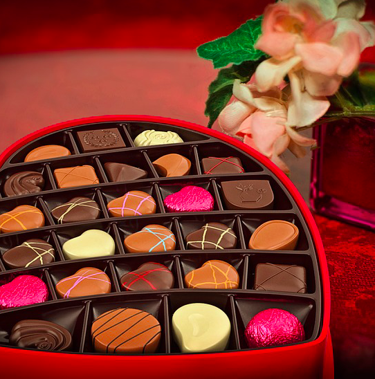 Übersicht: Valentinstags Geschenkideen für Sie & Ihn (Gutscheine, Rabatte uvm.)