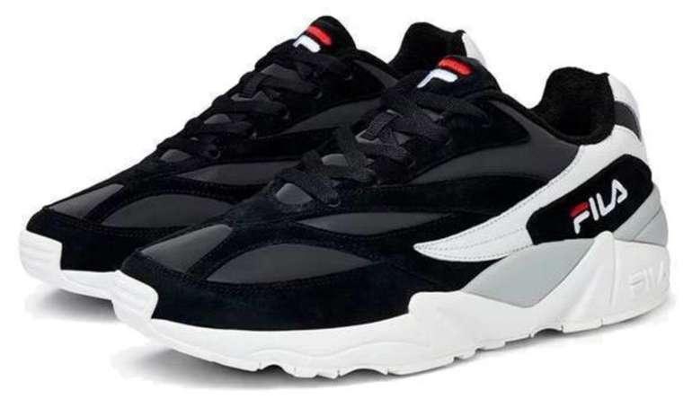 "Fila Herren Low-Cut Sneaker ""V94M"" in schwarz/weiß für 51,10€ inkl. Versand (statt 65€)"