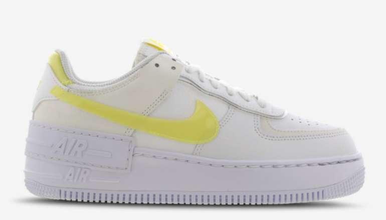 Nike Air Force 1 Shadow Damen Schuhe in Yellow-Sail für 89,99€inkl. Versand (statt 135€)