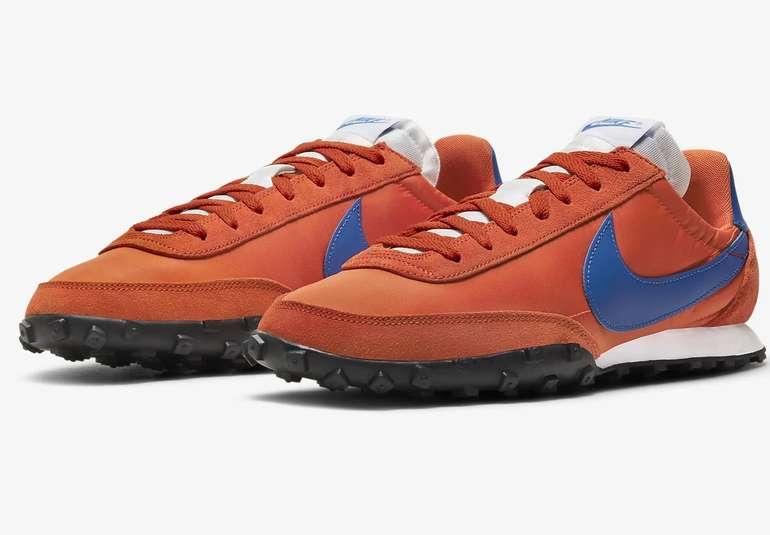 Nike Waffle Racer Herren Sneaker in Orange für je 42,33€ inkl. Versand (statt 77€)