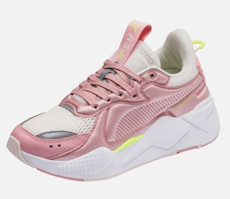 Puma Damen Sneaker 'RS-X Soft Case' in rosa / offwhite für 56,94€ inkl. Versand (statt 76€)