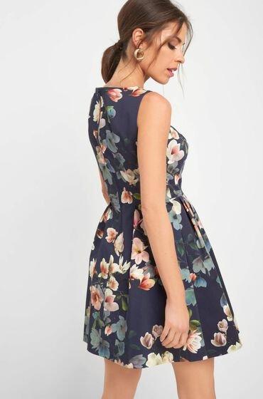 Orsay: 50% Rabatt auf Alles (auch auf Sale) - z.B. Geblümtes Kleid für 22,99€ inkl. Versand (statt 46€)