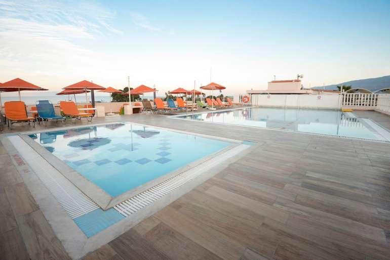 Griechenland Kos: 7 Nächte im 4* Kosta Palace Hotel inkl. Frühstück ab 115€ p.P. (RZ: z.B. vom 01.10. - 08.10.2021) - exkl. Flug!
