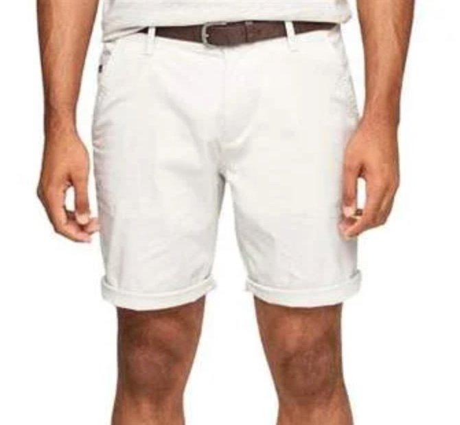 Zwei Shorts eurer Wahl (s.Oliver, Jack & Jones, Only & Sons usw.) für zusammen 40€ inkl. Versand (statt 57€)