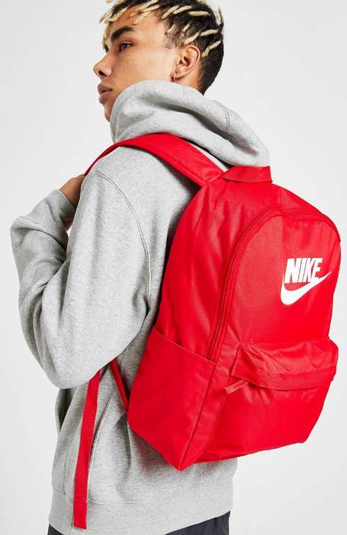 Nike Heritage Rucksack 2.0 in Rot für 12€ inkl. Versand (statt 25€)