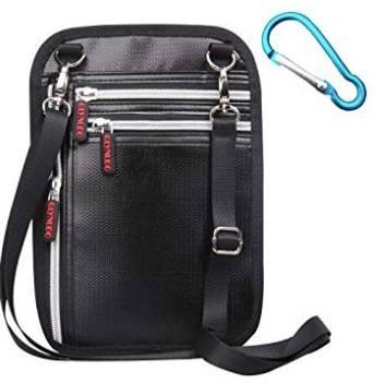 Oiosen Reiseumhängetasche (feuerfest + RFID-Blockierung) für 9,99€ inkl. Prime