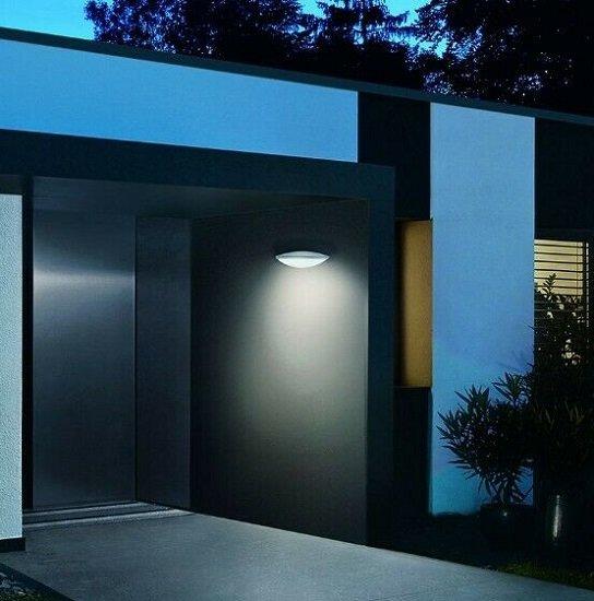 Steinel L 825 LED iHF Außenwandleuchte mit Bewegungsmelder für 48,49€ (statt 141€) - Refurbished!