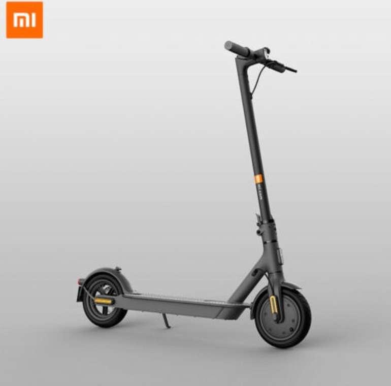 Xiaomi Mi Scooter 1S E-Scooter mit Straßenzulassung (20km/h, 30km Reichweite) für 350,99€ (statt 384€)