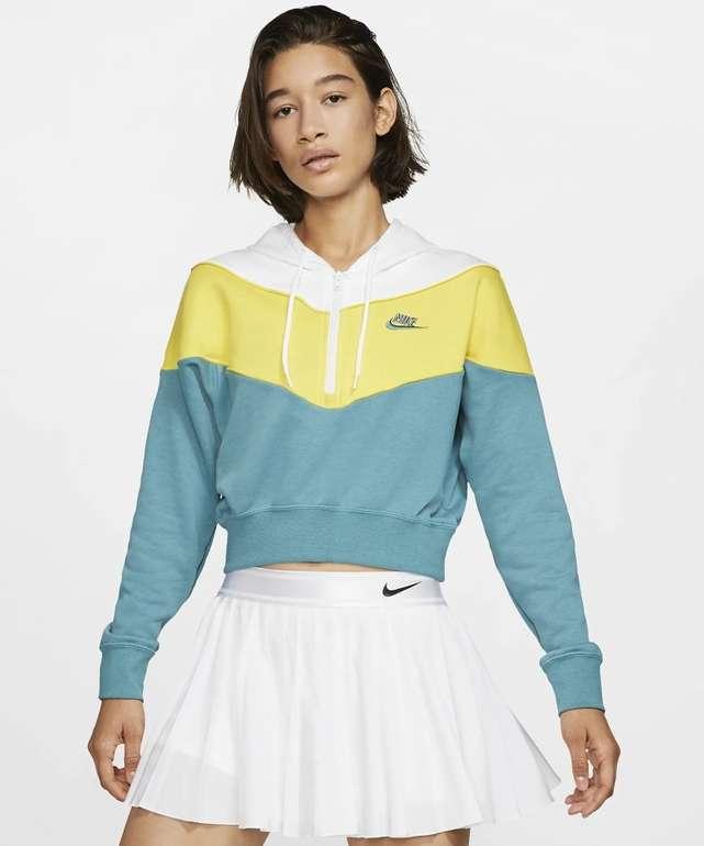 Nike Sportswear Heritage Damen Oberteil für 33,18€ inkl. Versand (statt 48€) - Nike Membership!