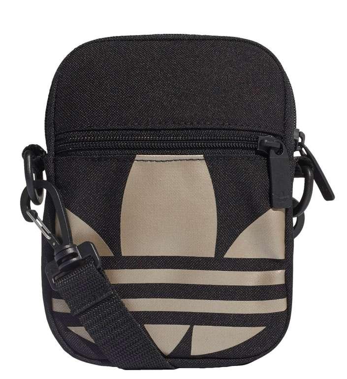 Adidas Adicolor Large Trefoil Festival Tasche für 12,56€ inkl. Versand (statt 18€) - Creators Club