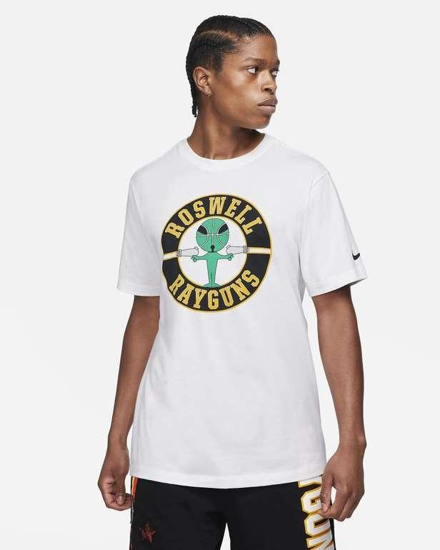 Nike Rayguns Herren Basketball-T-Shirt für 24,49€ inkl. Versand (statt 29€) - Nike Membership!