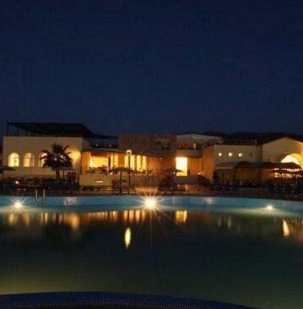 Familienurlaub auf Korfu: 7 Tage im 5* Hotel + Flüge & All-Inclusive 286€ p.P.