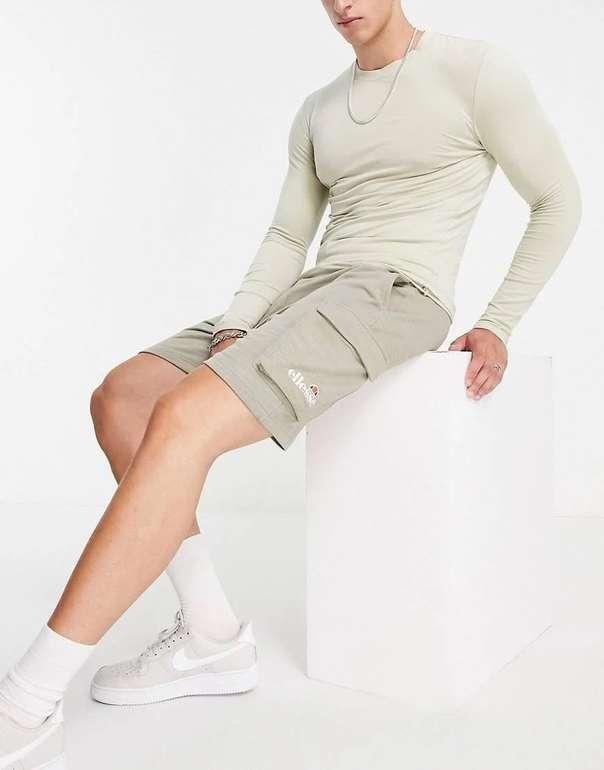 Ellesse Basta Shorts in Khaki für 29,20€ inkl. Versand (statt 34€)