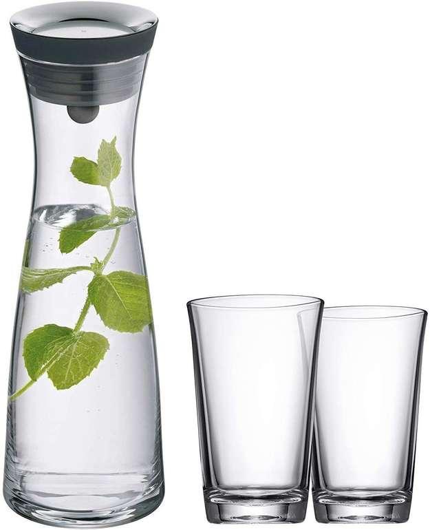WMF Wasserkaraffe 1 Liter mit Kippdeckel inkl. 2 Gläser Basic für 29,99€ inkl. Versand (statt 45€)