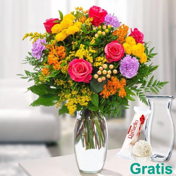 Blumenstrauß Bunter Sommer mit Vase & Ferrero Raffaello für 39,09€ inkl. Versand (statt 44€)