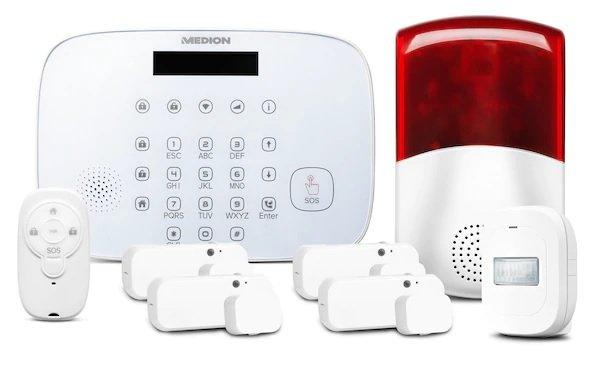Medion Smart Home Alarmsystem Zentrale P85731 inkl. Zubehör für 61,46€ inkl. Versand (statt 105€)