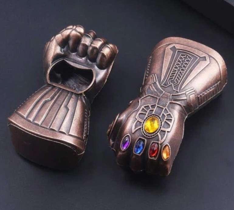 China Gadget: Infinity Gauntlet Thanos Flaschenöffner für 2,80€ inkl. Versand (statt 4€)
