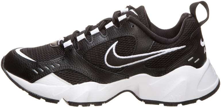 Nike Air Heights Damen Sneaker für je 39,98€ inkl. Versand (statt 48€) - Nike Membership!