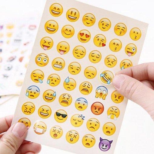 48 Emoji Sticker für nur 0,08€ inklusive Versand