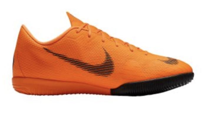 Nike Jr Mercurial Vapor XII Academy IC - Kinder Hallen-Fußballschuhe für 14,99€ inkl. Versand (statt 43€)