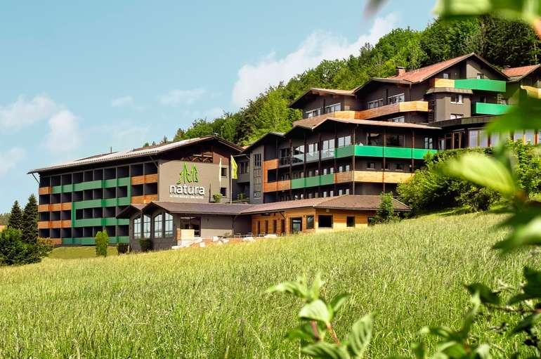 Bayrischer Wald: 2 ÜN im Natura Hotel Bodenmais (Frühstück, SPA) für 129€ p.P