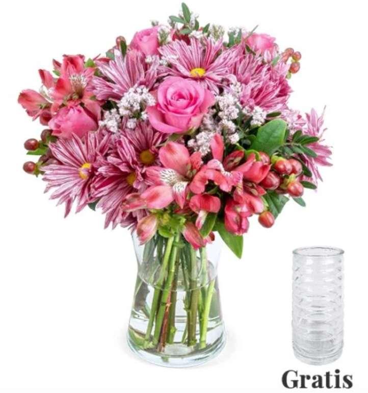 """Blumenstrauß """"Süße Grüße"""" inkl. Vase mit Rosen, Bonnys, Alstroemerien, Hypericum & Schnittgrün für 27,43€"""
