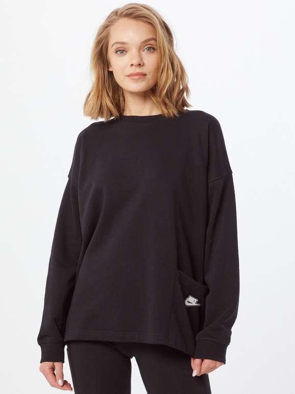 Nike Sportswear Sweatshirt in Schwarz für 28,95€ inkl. Versand (statt 44€) - M, L, XL