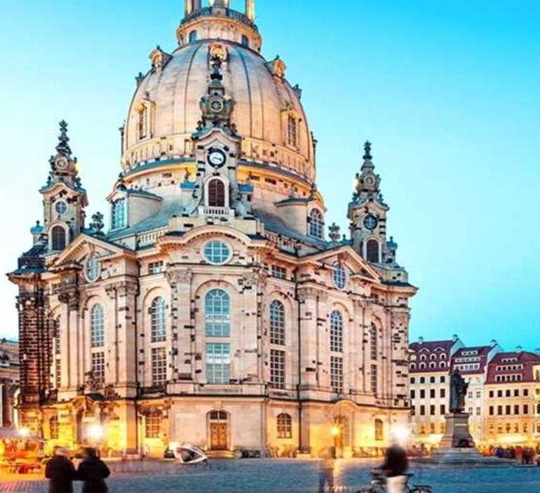 Dresden: 2 Nächte & 2 Personen im 4* Hotel Elbflorenz Dresden + Frühstück (Kinder bis 6 kostenlos) für 160€