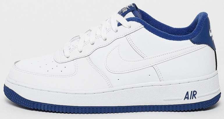 "Nike Air Force 1 (GS) Damen Sneaker im ""white/white/deep royal blue""-Colourway für 43,99€ (statt 75€)"