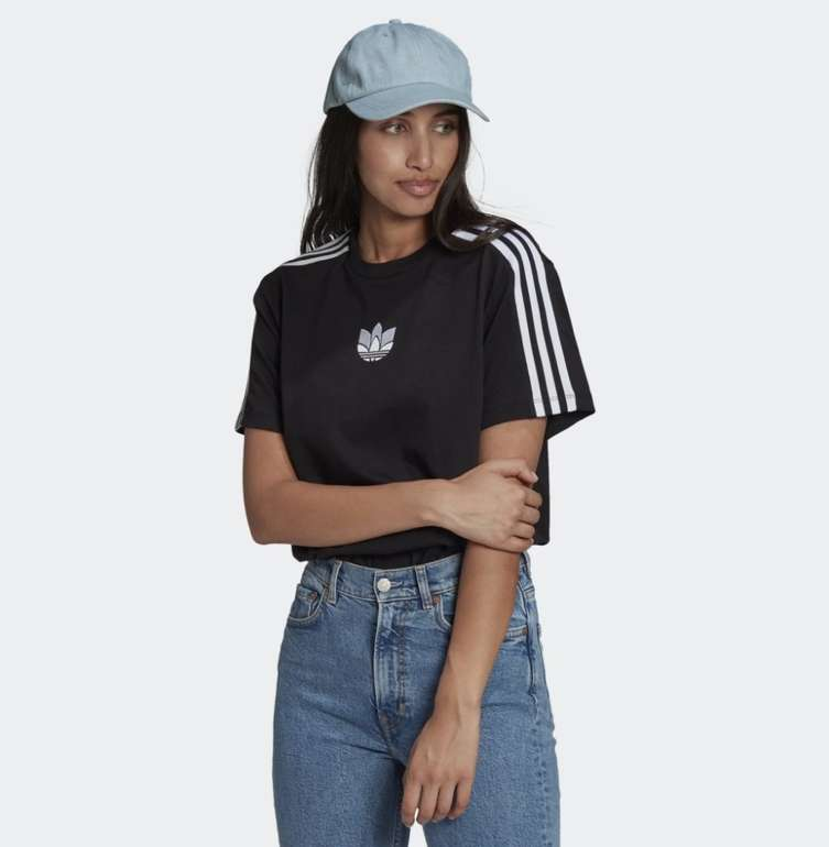 Adidas Adicolor 3D Trefoil Loose Damen T-Shirt für 15,84€ (statt 19€) - Creators Club