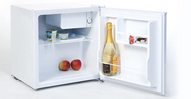 Mini Kühlschrank Düsseldorf : Comfee kb mini kühlschrank mit gefrierfach für u ac inkl u