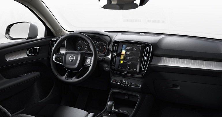 Volvo XC 40 T4 Momentum Pro Leasing 2