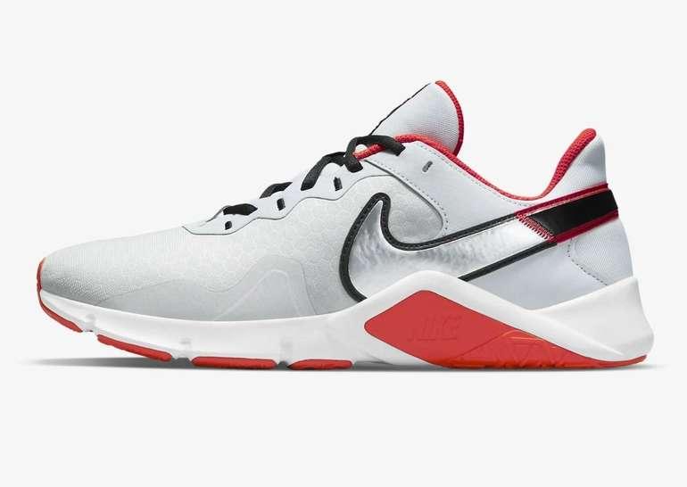 Nike Legend Essential II Sneaker für 35,98€ inkl. Versand (statt 42€) - Nike Membership!