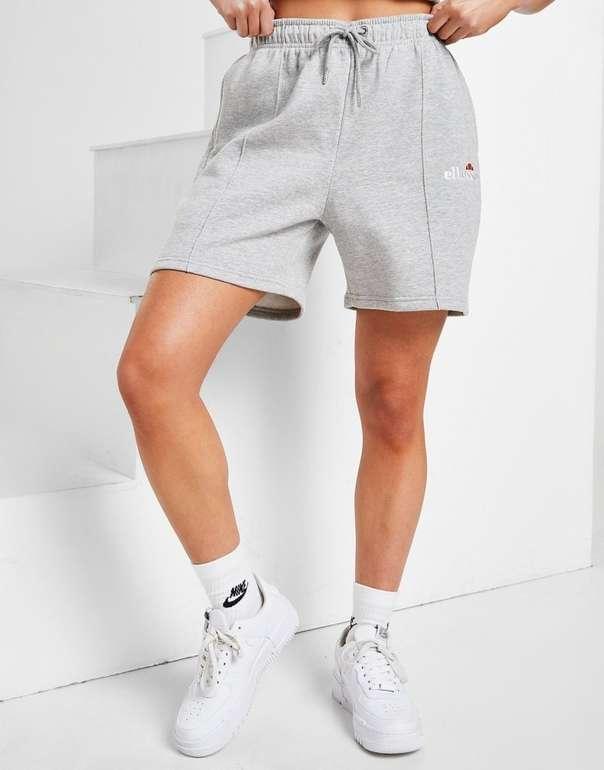 Ellesse Pin Tuck Boyfriend Shorts in 2 Farben für je 22€ inkl. Versand (statt 35€)