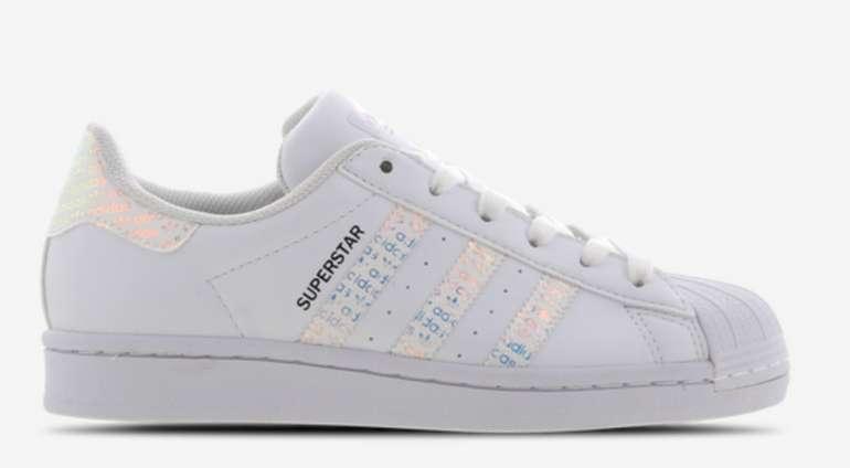 adidas Superstar Damen Grundschule Schuhe für 29,99€ inkl. Versand (statt 49€)
