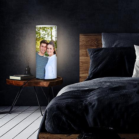 Lieblingsfoto.de: Foto auf Lampe mit 72% Rabatt - z.B. 45 x 33,5cm mit Ø 14,3cm für 20,10€