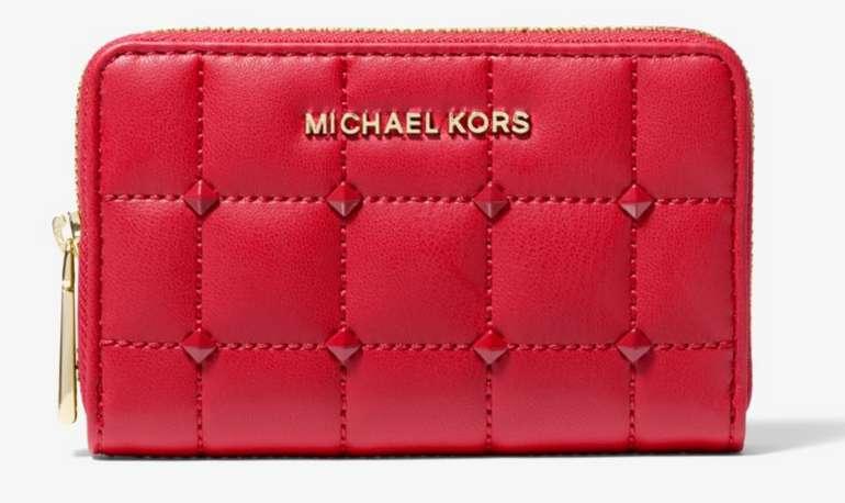 Michael Kors Brieftasche mit Steppmuster und Nieten in Rot für 47€inkl. Versand (statt 90€)