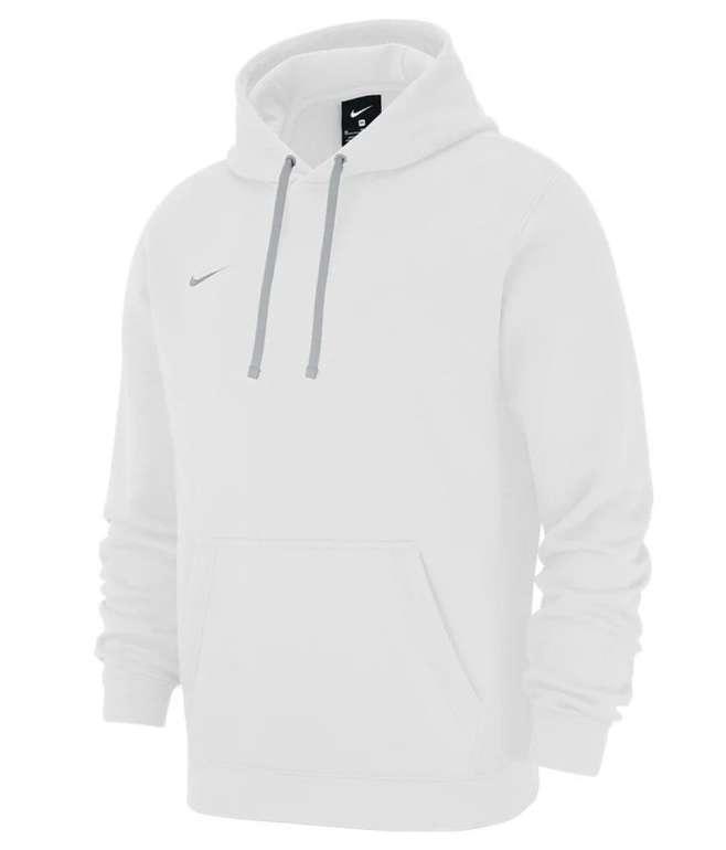 """Nike Club 19 Fleece Hoodie im """"White""""-Design für 33,97€ inkl. Versand (statt 38€)"""