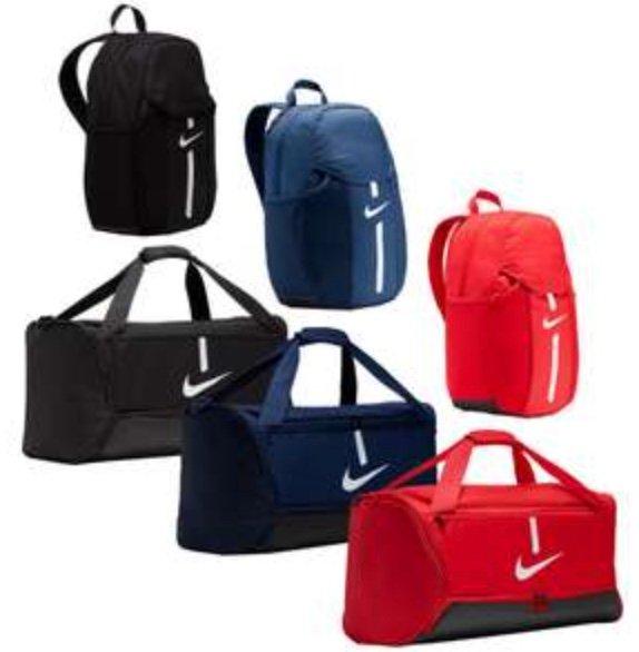 Nike Bag Set Academy Team (2-teilig) in drei Farben für je 29,99€ inkl. Versand (statt 41€)