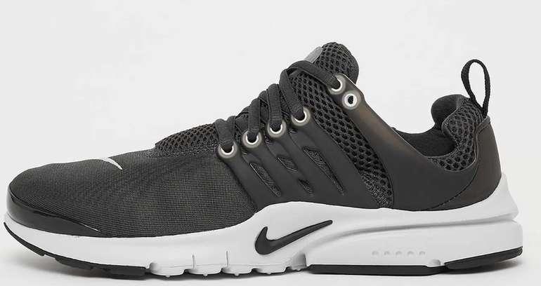 Nike Presto (GS) Sneaker in Schwarz für 52,99€inkl. Versand (statt 75€)