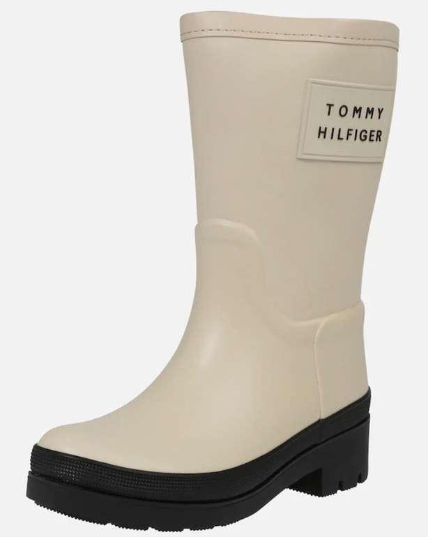 Tommy Hilfiger Stiefel 'Warmlined Rainboot' in creme oder schwarz für je 48,55€ (statt 71€)