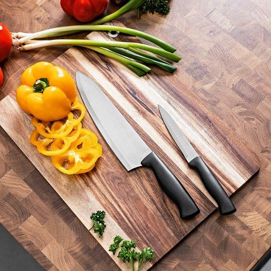 2er Set Edelstahl-Messer mit Messerschärfer in der Hülle für 4,95€