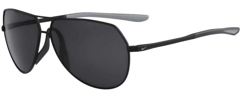 Nike Sonnenbrille Outrider in schwarz für 79,95€ inkl. Versand (statt 90€) + viele weitere