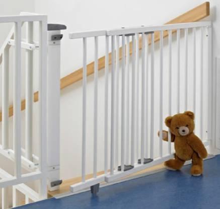 Geuther Schwenk-Treppenschutzgitter (95 - 135 cm) für 67,49€ (Vergleich: 86€)