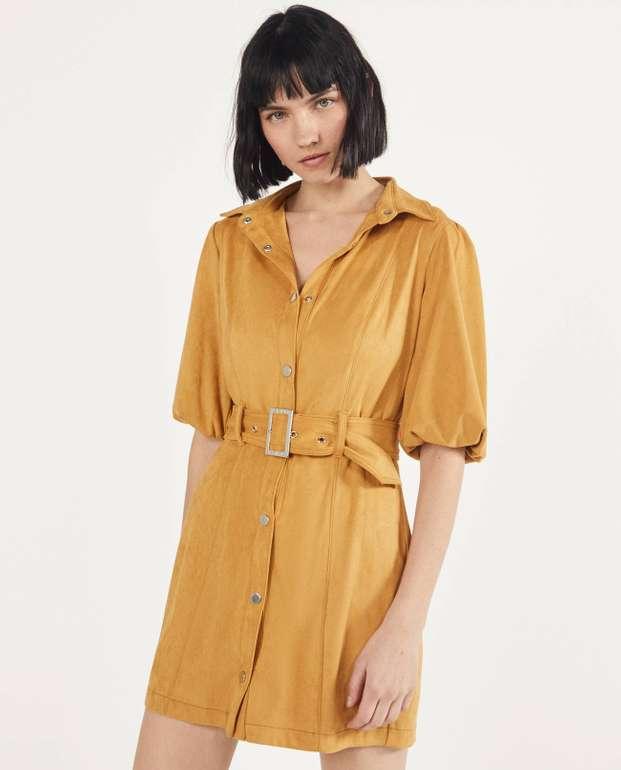 Bershka Hemdkleid aus Wildlederimitat für 14,99€ zzgl. Versand (statt 30€)