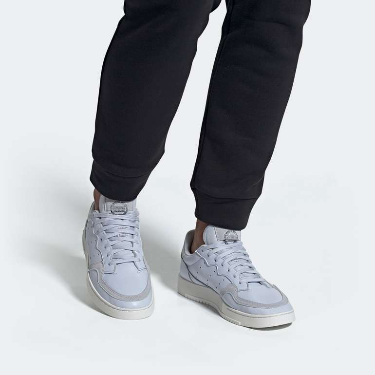 """Adidas Originals Supercourt Herren Sneaker im """"Aero-Blau""""-Colourway für 48,71€ inkl. Versand (statt 55€)"""
